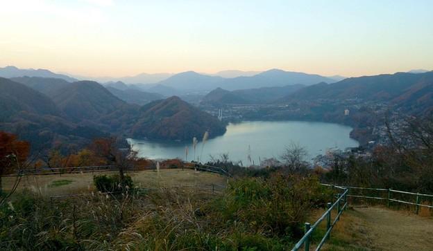 相模湖PF頂上から眺め