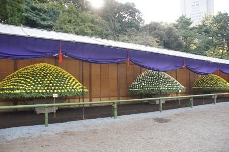 上屋と大作り花壇
