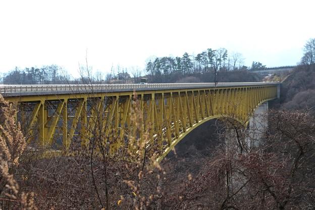 八ヶ岳大橋・「別名、黄色い橋」