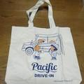 日焼けしたピーナッツ×Pacific DRIVE-INのBIGトートバッグ
