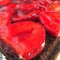 Photos: Strawberry filling chocolate cake