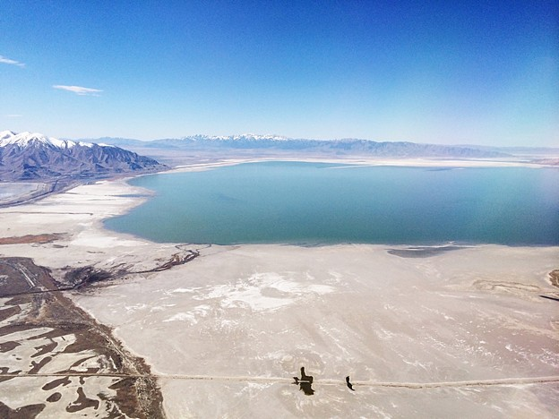 Great Salt Lake 上空…
