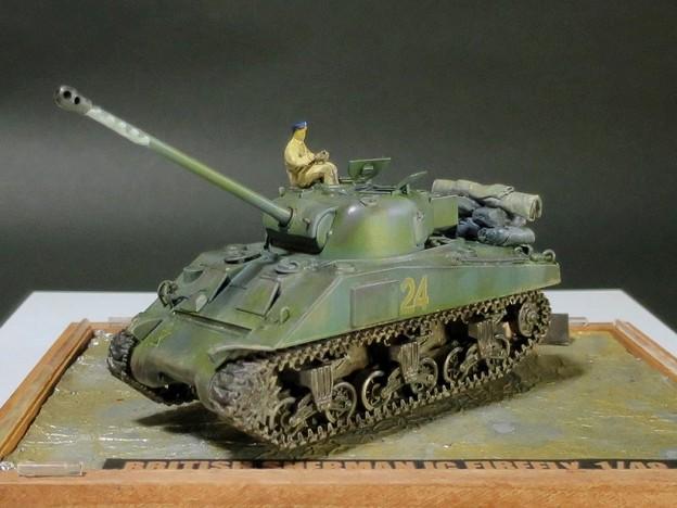 03 Sherman 1C Firefly  1;48 (Tamiya)