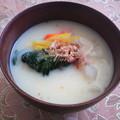 写真: 関西風お雑煮☆ 今年は東京でお正月を迎えました。 せめて、お雑煮だ...