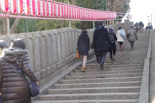 出世稲荷への階段