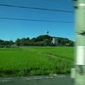 写真: 名鉄瀬戸瀬から見た城山公園・旭城 - 04
