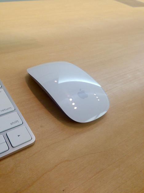 Magic Mouse 2 No - 1