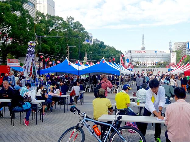 Photos: 名古屋まつり 2015 久屋大通公園 No - 33:大勢の人で賑わう会場