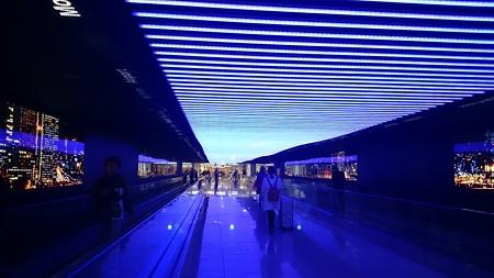 韓国インチョン空港の通路