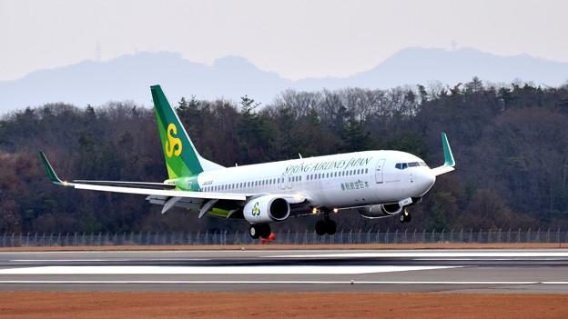 JA03GR_春秋航空B-737-1
