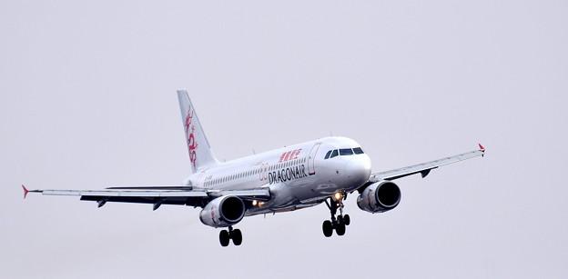 B-HSN_香港ドラゴン航空_エアバスA320-1