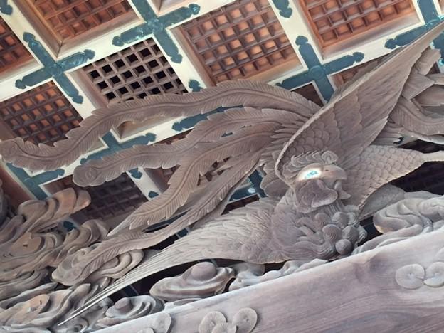 写真: 讃岐東照宮屋島神社に再訪。神門を改めてよく見てみる。鳳凰、登 り龍...