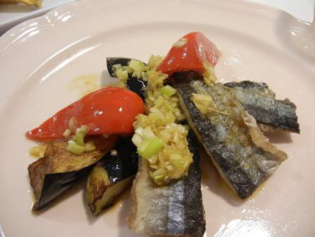秋刀魚と揚げ茄子の香味だれ