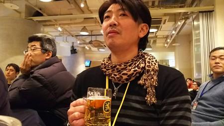 ビール持って