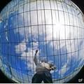 地球儀になったビニールハウス ♪
