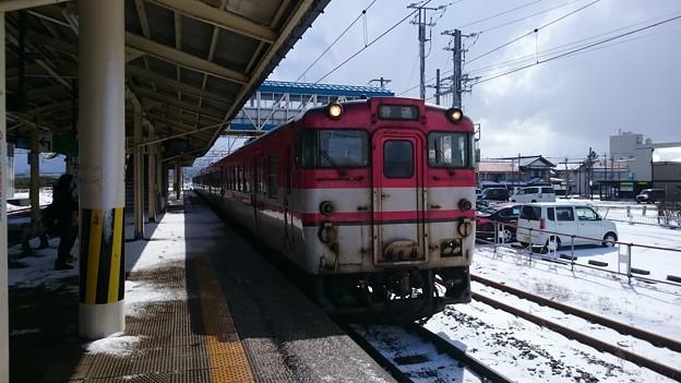 写真: キハ47形 キハ47-517 [JR 余目駅]