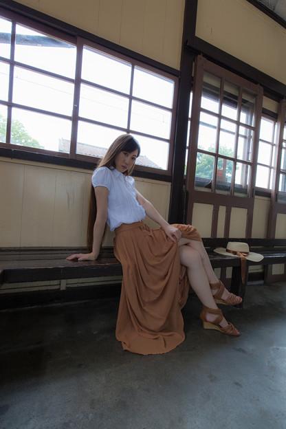 無人駅での夏の日