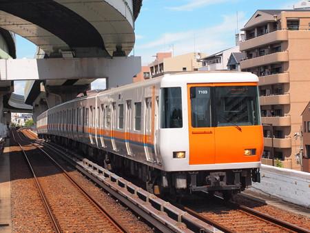 近鉄7000系 中央線朝潮橋駅01