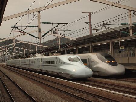 N700系さくらと700系こだま 山陽新幹線相生駅