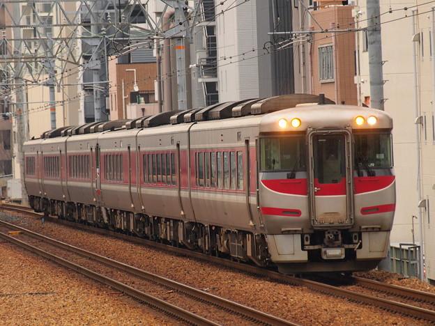 キハ189系特急はまかぜ 東海道本線さくら夙川駅