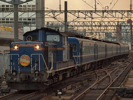 DD51 急行はまなす 函館本線札幌駅