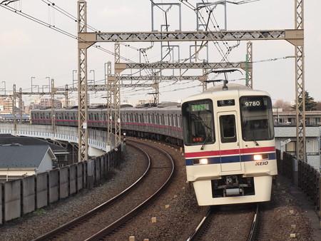 京王9000系区間急行  京王相模原線稲田堤駅02