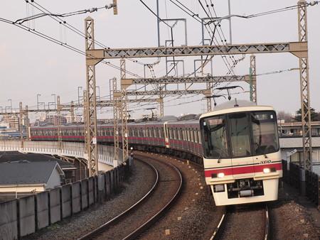 京王8000系準特急 京王相模原線稲田堤駅