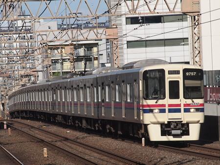 京王9000系各停   京王線笹塚駅02