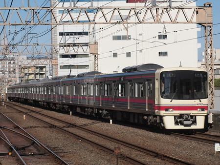 京王8000系各停 京王線笹塚駅