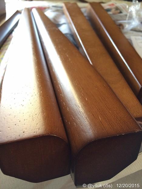 写真: 木刀のような脚 ~wood