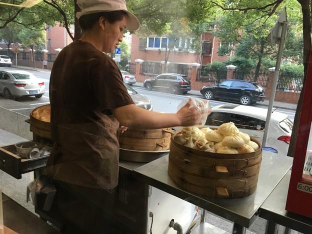 朝の拉麺と湯包のお店 (8)