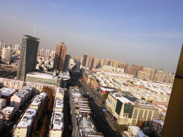 12月16日 上海虹橋地区 地下鉄駅上と雪景色
