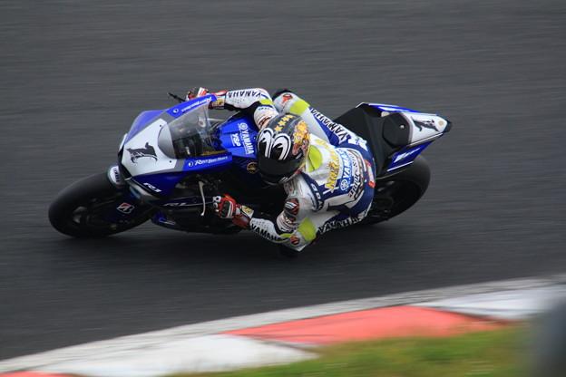 #1 YAMAHA FACTORY RACING TEAM/中須賀克行選手01