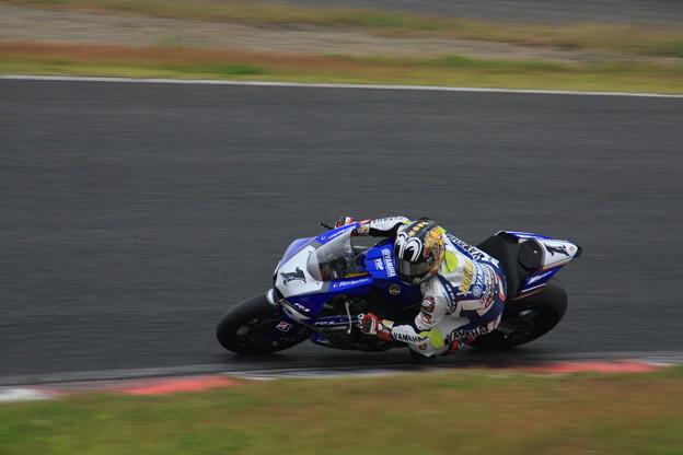#1 YAMAHA FACTORY RACING TEAM/中須賀克行選手02