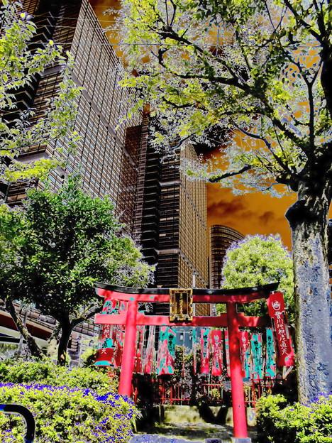metropolis_北品川界隈-01豊川稲荷(陀祀尼真天)_稲荷堂a