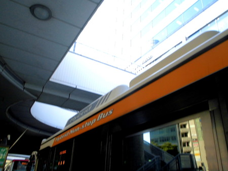 品川駅港南口-02バス停c