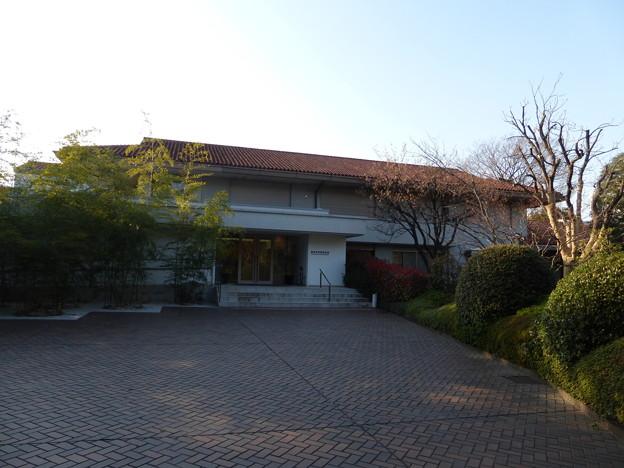 野間記念館