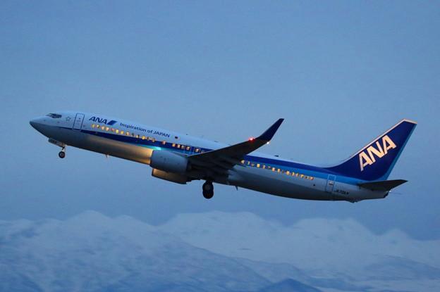 全日空 Boeing737-800 富山空港