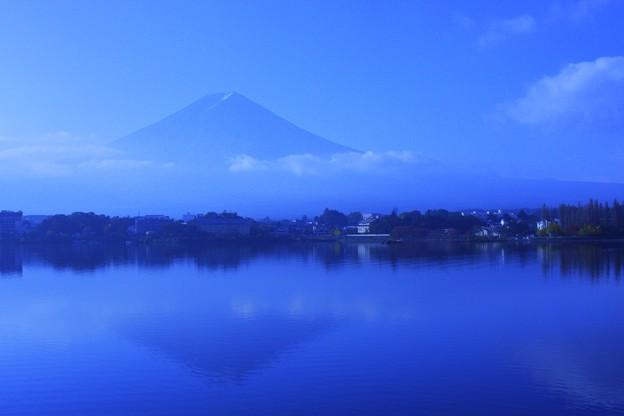 河口湖と富士山  壁紙にしました。 (#^.^#)
