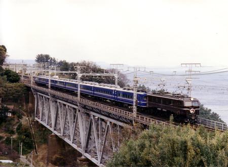 EF5861牽引L特急踊り子55号