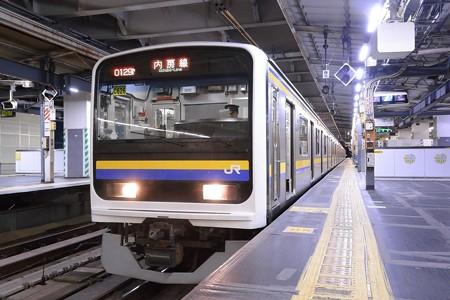 209系内房線始発電車