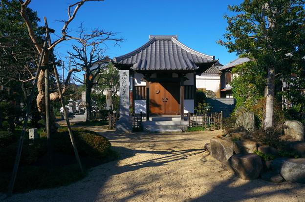 Photos: 菩提寺の毘沙門堂