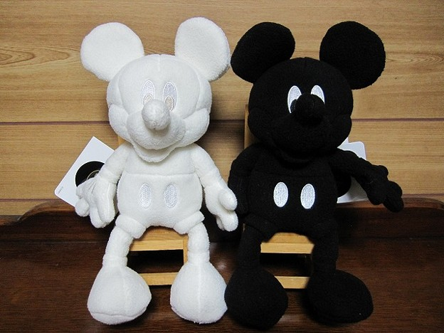 白黒ミッキー