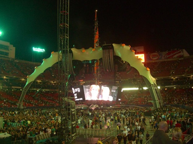 2009-09-24_U2 (24)KissCouples_2_R