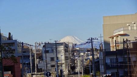 職場から覗く富士