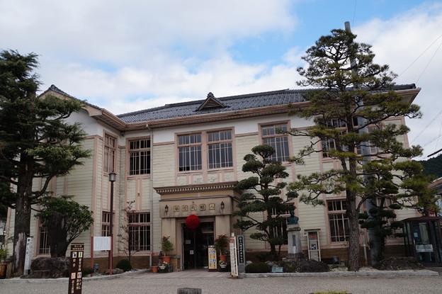 旧八幡町役場