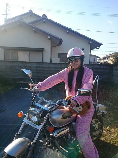 バイクとヘルメットとアタシ