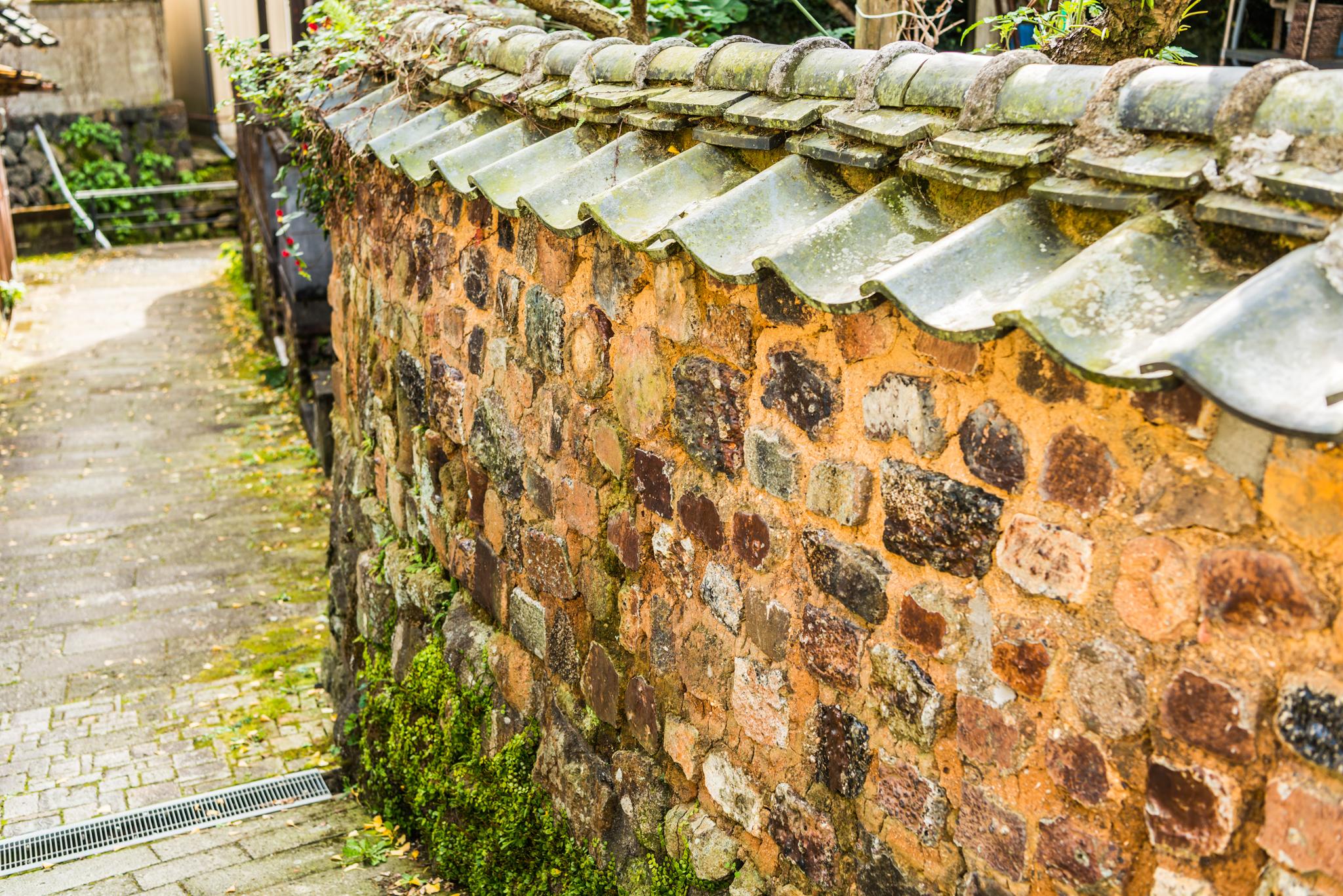 泉山のトンバイ塀