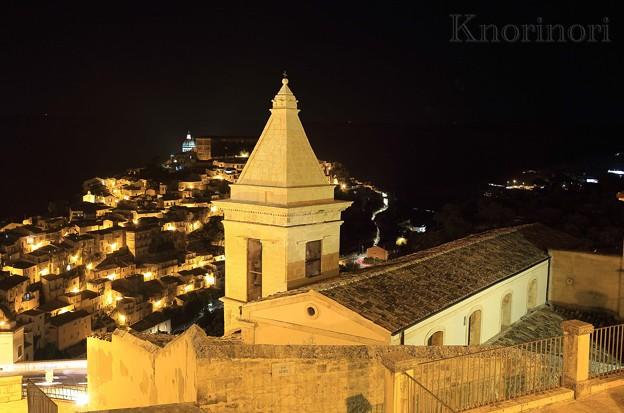 夜の旧市街