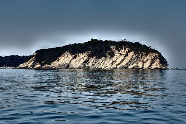 汽船から眺める虎島